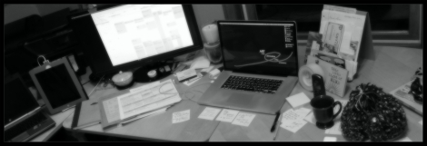 makesomething-desk-items-bw